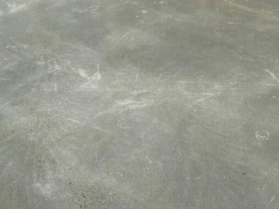 混凝土密封固化剂地坪为什么会发白?