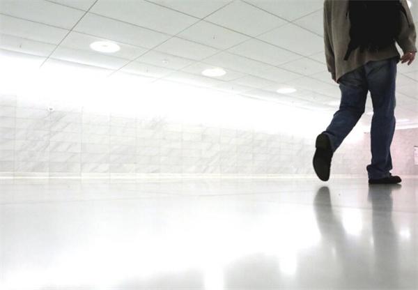 环氧地坪漆施工厂家具备更好的施工工艺